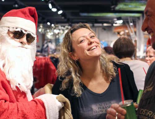 Die ersten Fotos: Weihnachts-Shopping mit dem Nikolaus & Cris Cosmo